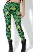 Cannabis mintázatú női nadrág