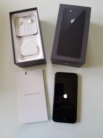 Apple iPhone 8 €400 iPhone 8 Plus €420 iPhone 7 €300